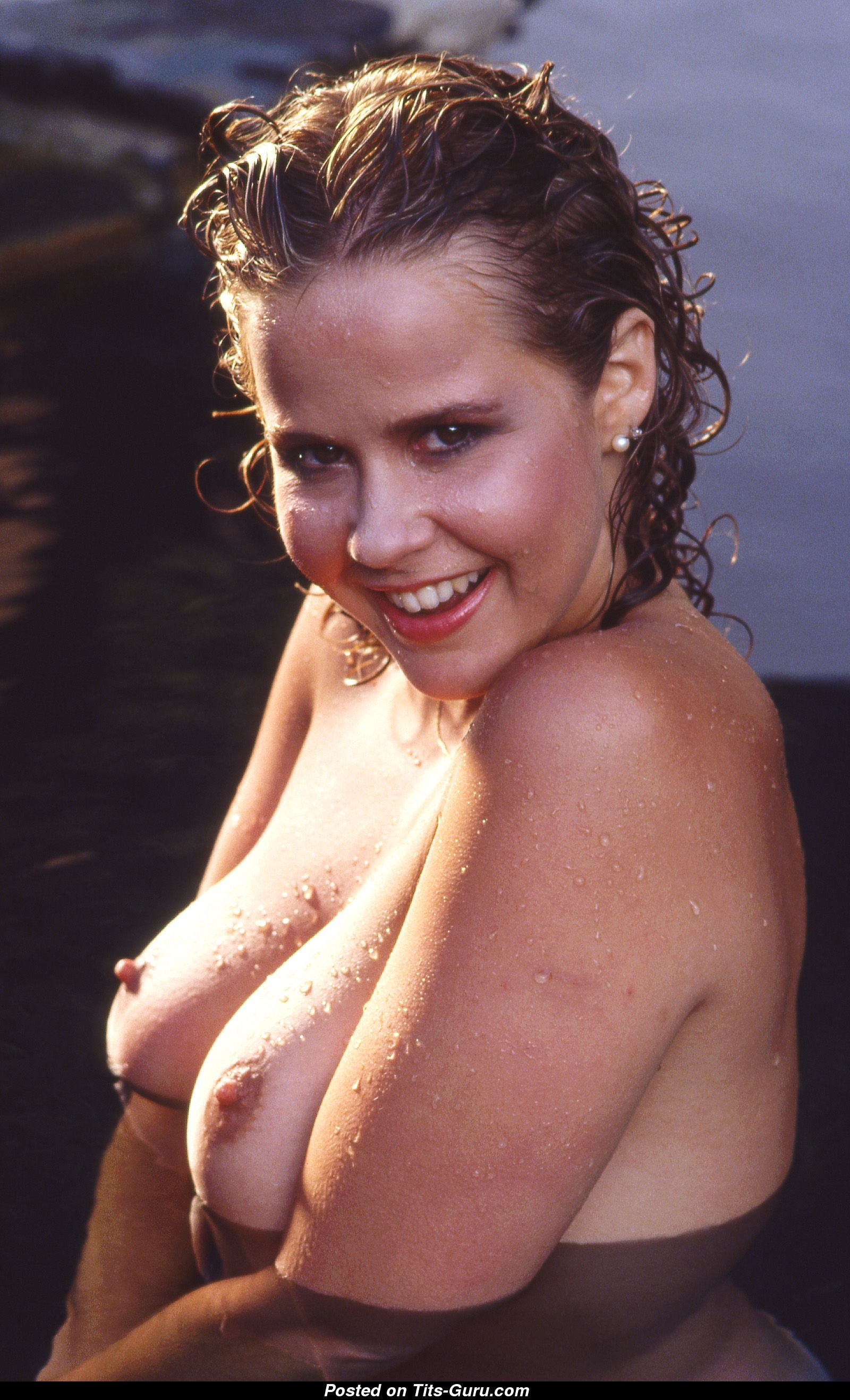 Linda Blair Naked Pictures photo 7